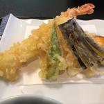 味のなかがわ - 天ぷらのアップ
