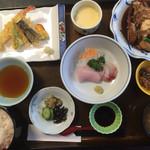 味のなかがわ - 日替り定食=800円  税別 天ぷら・あら煮セット