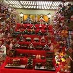 49690940 - 玄関に飾られた雛飾り