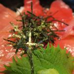 大起水産 海鮮レストラン - まぐろアップで