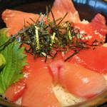 大起水産 海鮮レストラン - 料理写真:生本まぐろ丼 1480円