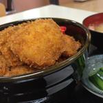 地魚食道 瓢 - ブリカツ丼