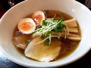 麺屋33 - 丸鶏旨味そば醤油、玉子トッピング830円