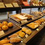 49703868 - もちろん食パンもあります。