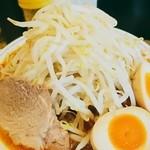 49705006 - 赤らーめん + 味付卵   野菜多め   別アングル