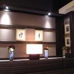 広東料理セレブリティクラブ セラリ迎賓館 - [内観] 店内 壁側の装飾類