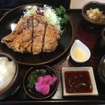 レストハウス国界 - 料理写真:山賊焼き定食