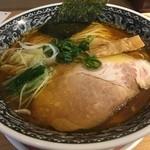 麺肴 ひづき - 醤油清湯麺(税別700円)