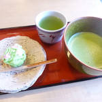 茶処 玉冨久 - 抹茶とお菓子