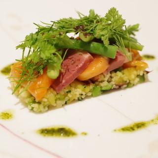 ラルテ沢藤 - 料理写真:桜鱒、鴨の胸肉ロースト、クスクス