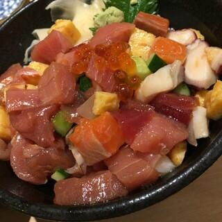 鮮魚・お食事処 山正 - 山正丼アップ