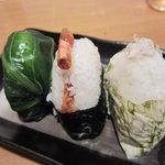 おむすび村 - 広島菜、天むす、昆布巻き塩サバ