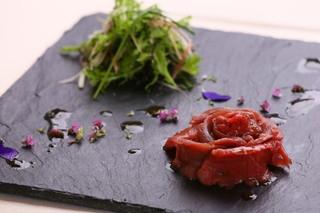 ギンサイ プラス - 馬肉のカルパッチョ