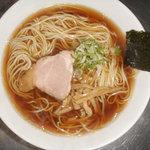 風雅 - 正油(トビ魚だし 地鶏卵の中細ストレート麺