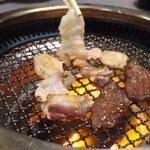 焼肉武蔵 - 料理写真:焼いてま~す!