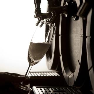 樽ごと仕入れ!生スパークリングワイン