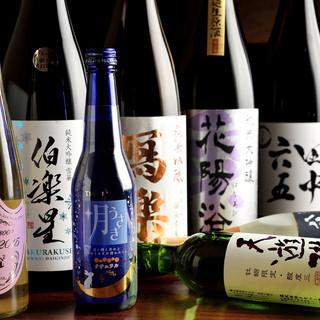 岐阜の地酒から全国の日本酒が常時30種類以上揃っています!