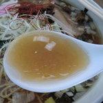 自家製拉麺 まつかぜ - ちょっと油を効かせすぎか… 本来はあっさりスープ