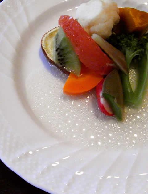 野菜の多いイタリア料理店