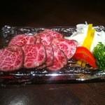 神戸牛 ステーキ ヘンリー亭 - 神戸牛たたき 1800円