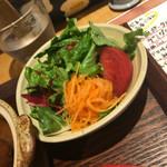 土鍋ごはんと和酒の店 おてだま - サラダ秀逸