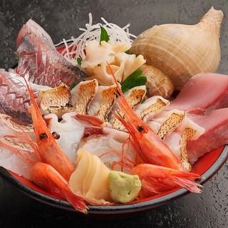 充実した海鮮丼&定食メニュー