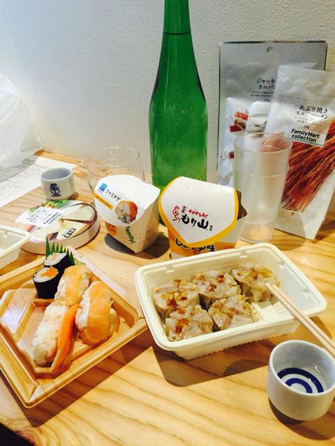 全国各地の日本酒100種類飲み比べ時間無制限 KURAND SAKE MARKET 渋谷店