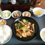 新創作四川料理 萬來 - 料理写真:本日のおすすめランチ820円(税別)で885円(税込み)になります。