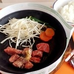 92s - 料理写真:サービスステーキ