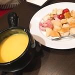 49809300 - チーズフォンデュ★                       チーズが濃厚!