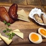 Perle - チーズの盛り合わせ