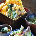 季節の野菜天丼