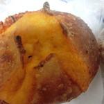 49825075 - チェダーチーズのパン