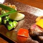 49827546 - 飛騨牛岩塩焼、尼鯛松皮焼、焼胡麻豆腐