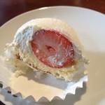 スールポッシュ - 大粒いちごのいちご大福