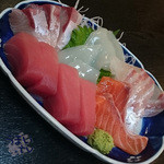 お食事処水仙 - 「お刺身盛り合わせ(小)」 1500円