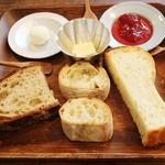 チップルソン - カンパーニュ&フランスパン&食パン!!(●^o^●)