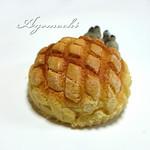 めろんパンダ - 料理写真:バターメロンパン(みたいな名前のパン)