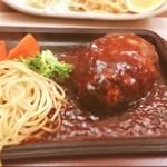洋食処 善 - ハンバーグ/デミグラスソース♡