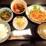 49842136 - 豚ロース定食