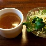 49842742 - セットのスープ サラダ