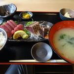 49845442 - 鰹刺身、たたき定食