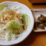 4985314 - ランチ焼肉定食 サラダと漬物