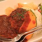 cafe maru2tasu - まる2たす特製カレー(ライス大盛り)