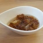 麺や暁 - 焦がしネギ油