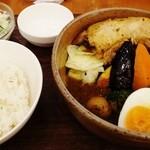 ヴァサラロード - チキンレッグ&野菜