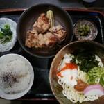 晃庵 - 鶏から揚げとうどん(冷)950円