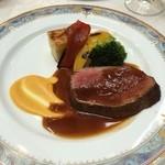 赤坂シュビア - 肉料理