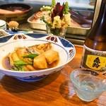だるま寿し - ノドグロ煮付 & 冷酒(亀齢 上撰)