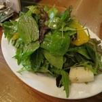ラ オリーバ - 産直お野菜のサラダ(M/¥680−)